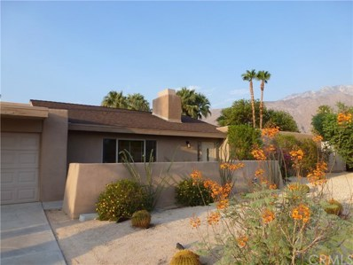 915 E El Escudero, Palm Springs, CA 92262 - MLS#: PF18195663