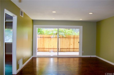 2501 W Sunflower Avenue UNIT J7, Santa Ana, CA 92704 - MLS#: PW18177871