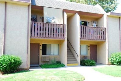 801 S Lyon Street UNIT J6, Santa Ana, CA 92705 - MLS#: PW18180642