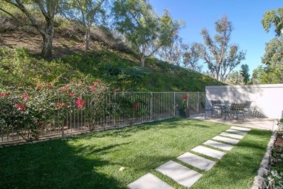 811 S Amber Lane, Anaheim Hills, CA 92807 - MLS#: PW18271573
