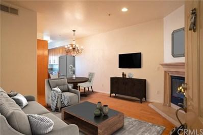 7124 Woodman Avenue UNIT 4, Van Nuys, CA 91405 - MLS#: PW18295903