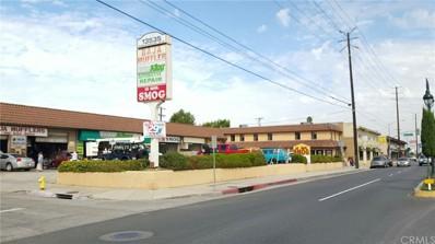 13525 Inglewood Avenue, Hawthorne, CA 90250 - MLS#: SB17120003