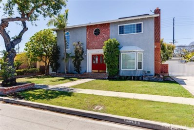 2711 Senasac Avenue, Long Beach, CA 90815 - MLS#: SB18131635