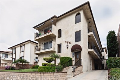 956 W 9th Street UNIT 5, San Pedro, CA 90731 - MLS#: SB19027597