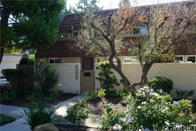 10200 Larwin Avenue UNIT 7, Chatsworth, CA 91311 - MLS#: SR17182322