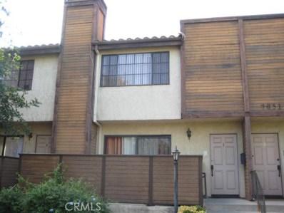 7051 Peach Avenue UNIT 3, Van Nuys, CA 91406 - MLS#: SR17255518