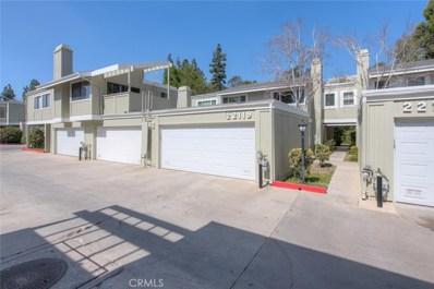 22119 Burbank Boulevard UNIT 2, Woodland Hills, CA 91367 - MLS#: SR18132978