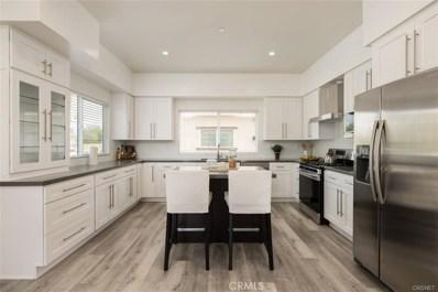 9237 Wakefield Avenue, Panorama City, CA 91402 - MLS#: SR18259030