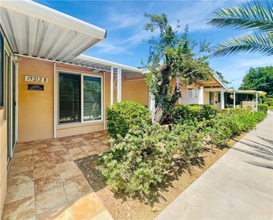 19212 Avenue Of The Oaks UNIT B, Newhall, CA 91321 - MLS#: SW21191402