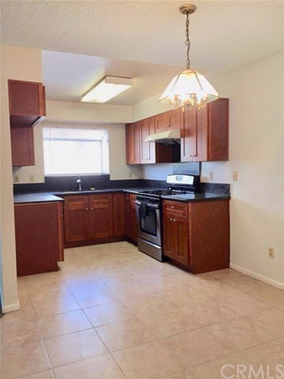 1423 S White Avenue UNIT B, Pomona, CA 91766 - MLS#: TR18213746