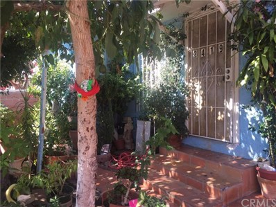 2419 W 30th Street, Los Angeles, CA 90018 - MLS#: WS17232076