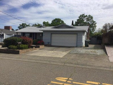 3025 Stratford Ave, Redding, CA 96001 - MLS#: 18-1833