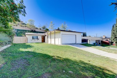 11035 Larkridge St, Santee, CA 92071 - MLS#: 170044683