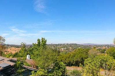 1215 Orangewood Dr, Escondido, CA 92025 - MLS#: 170054772