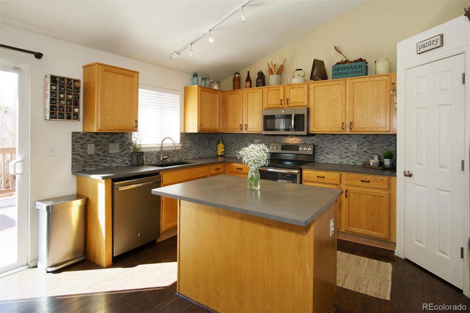 MLS# 1588259 - 6 - 11326 W Crestline Drive, Littleton, CO 80127
