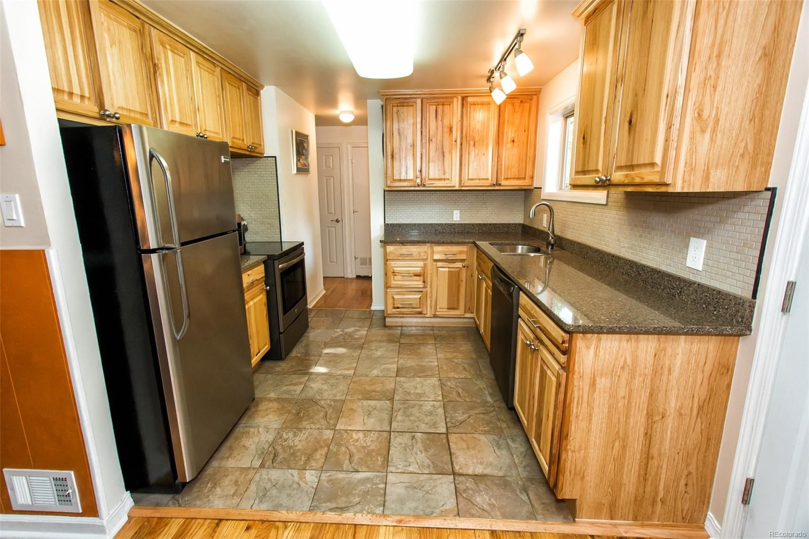 MLS# 1591889 - 11 - 10120 W 8th Place, Lakewood, CO 80215