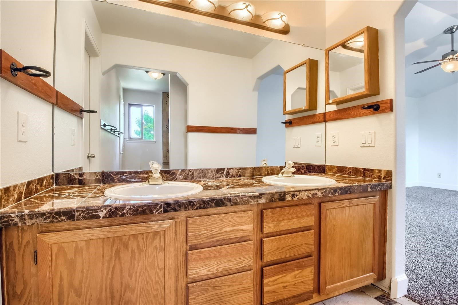 MLS# 1635730 - 20 - 5381 S Danube Court, Centennial, CO 80015