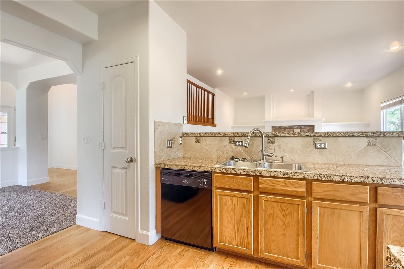 MLS# 1635730 - 5 - 5381 S Danube Court, Centennial, CO 80015