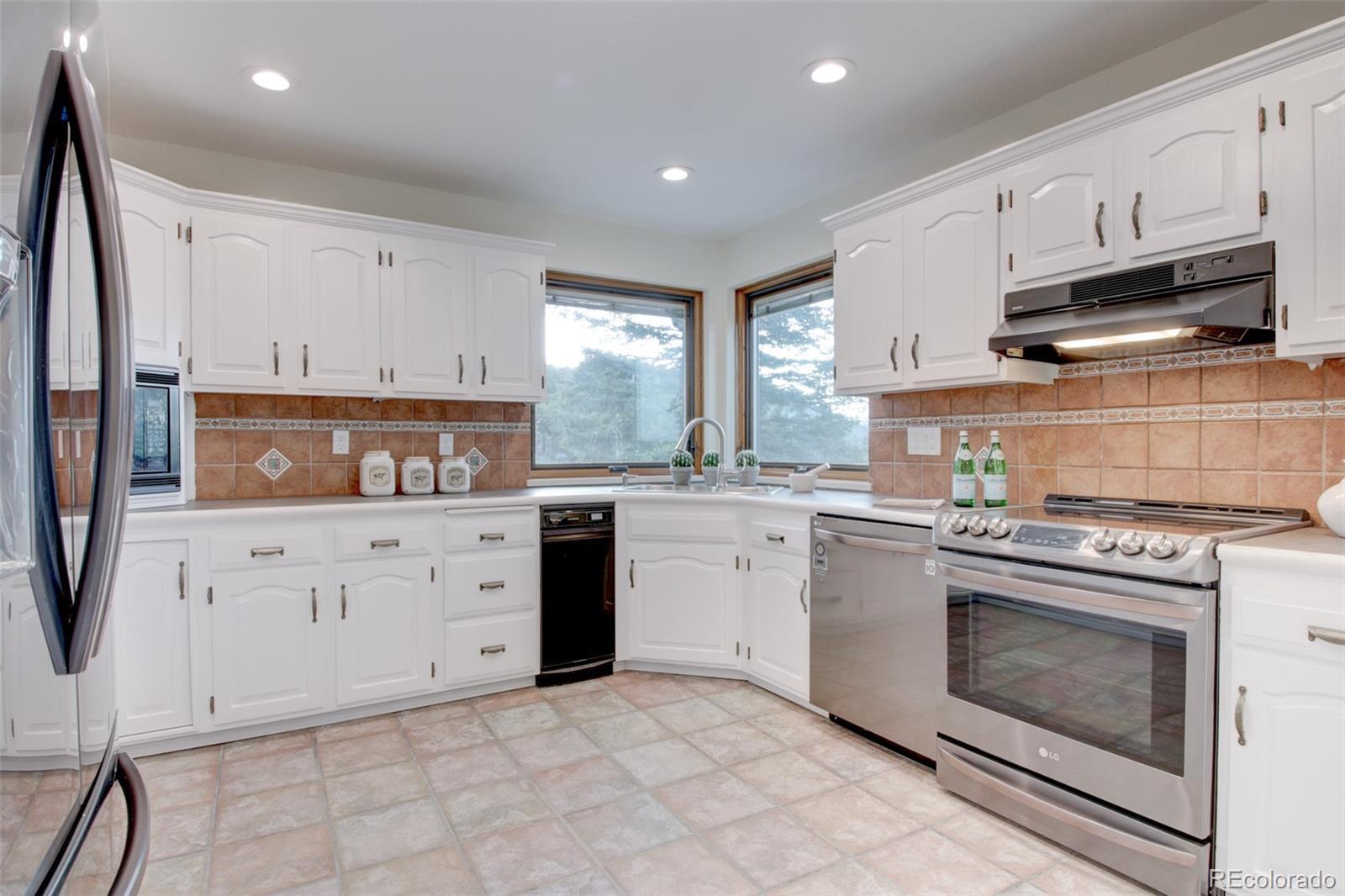 MLS# 1691148 - 8 - 384 Deer Trail Road, Boulder, CO 80302
