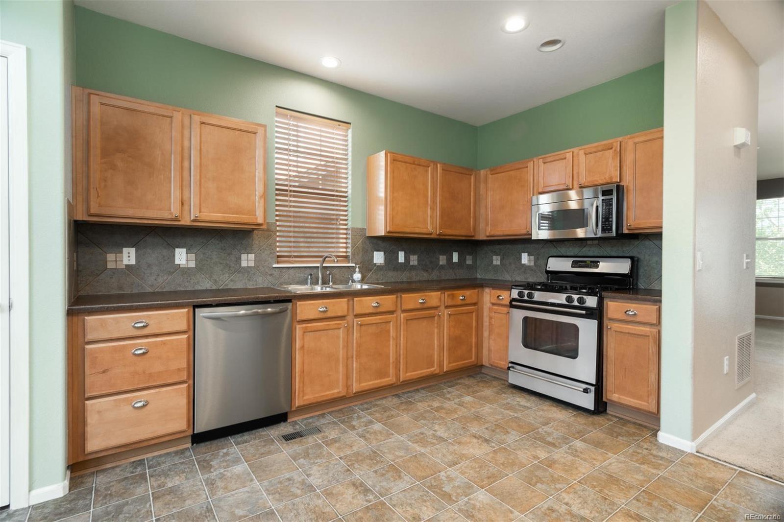 MLS# 1762805 - 1 - 5583  S Biloxi Way, Aurora, CO 80016
