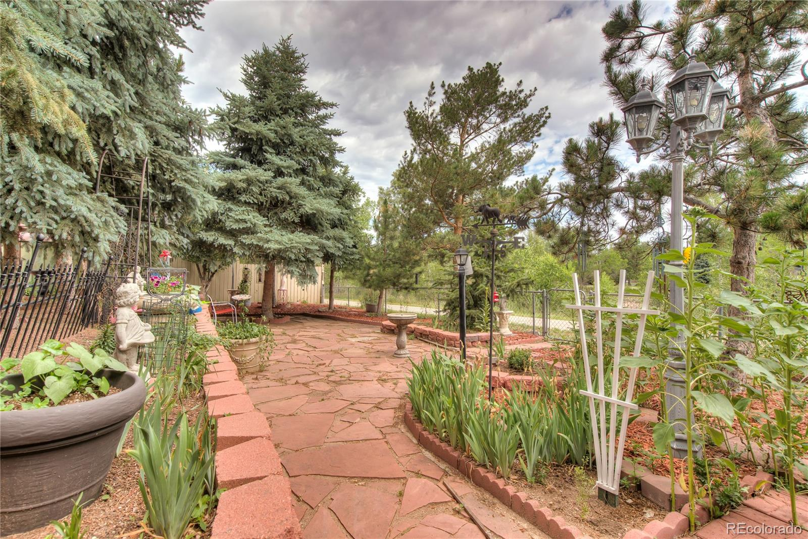 MLS# 2141630 - 40 - 6685 Brook Park Drive, Colorado Springs, CO 80918