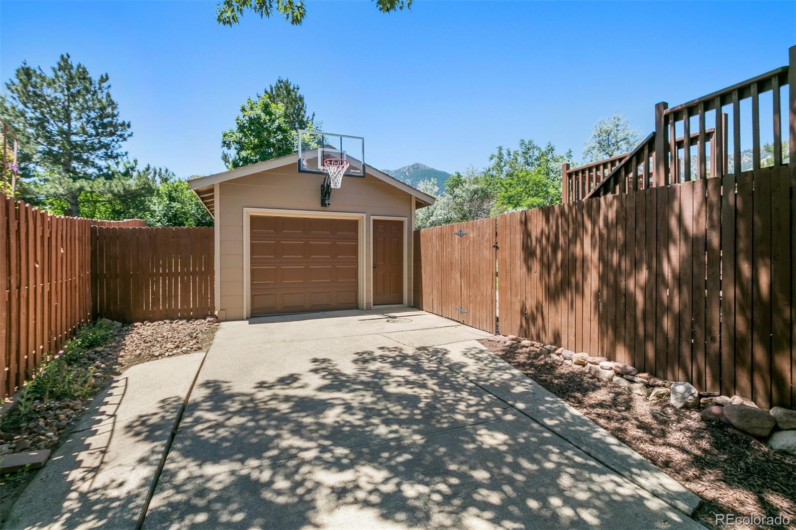 MLS# 2204463 - 2 - 1346 Scrub Oak Circle, Boulder, CO 80305