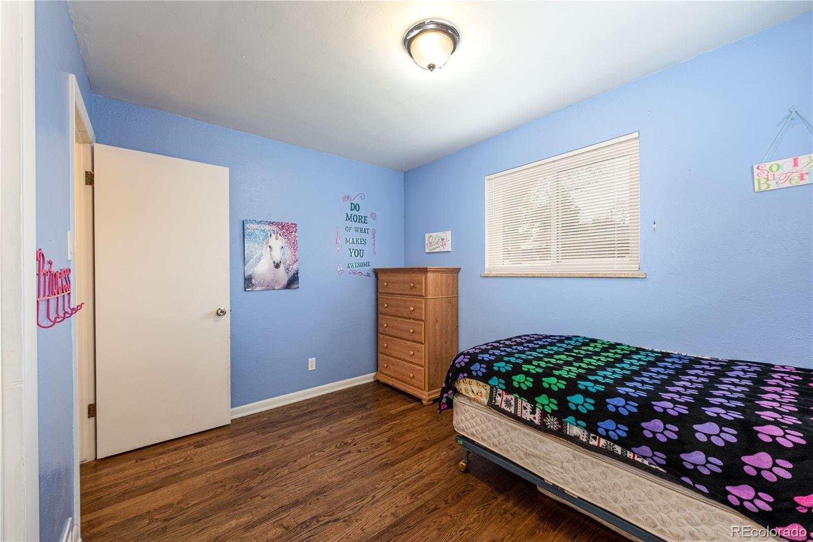 MLS# 2214637 - 1 - 1555  Gay St Street, Longmont, CO 80501