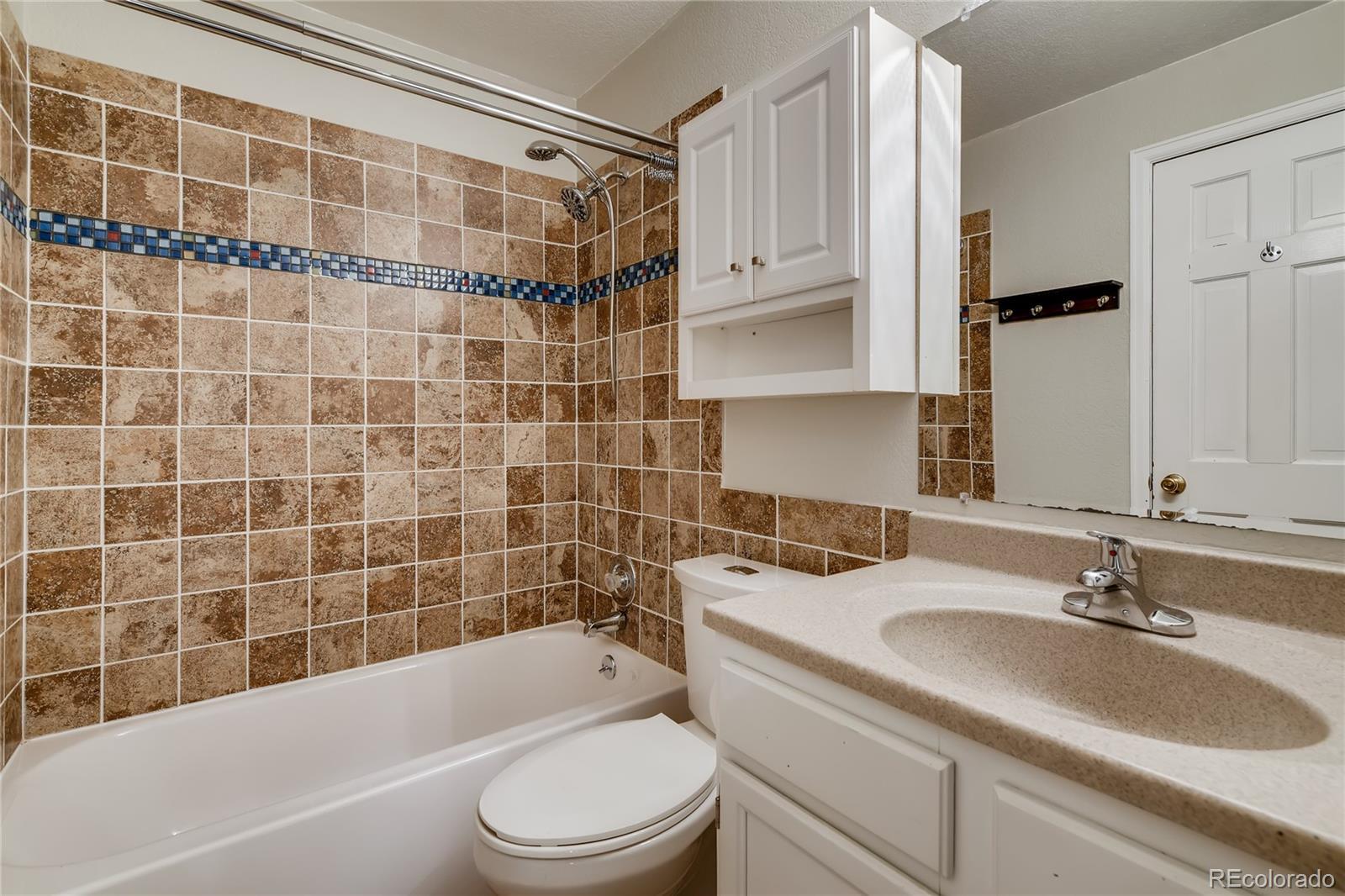 MLS# 2286573 - 23 - 836 S Vance Street #A, Lakewood, CO 80226