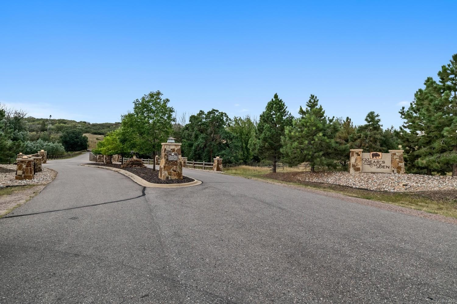MLS# 2470120 - 30 - 3013 Bears Den Drive, Sedalia, CO 80135