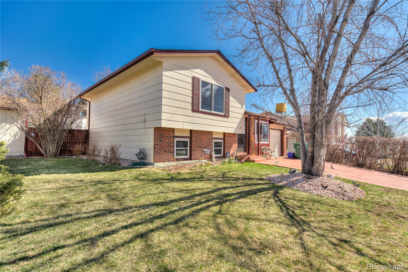 MLS# 2811379 - 2 - 9645 W David Avenue, Littleton, CO 80128