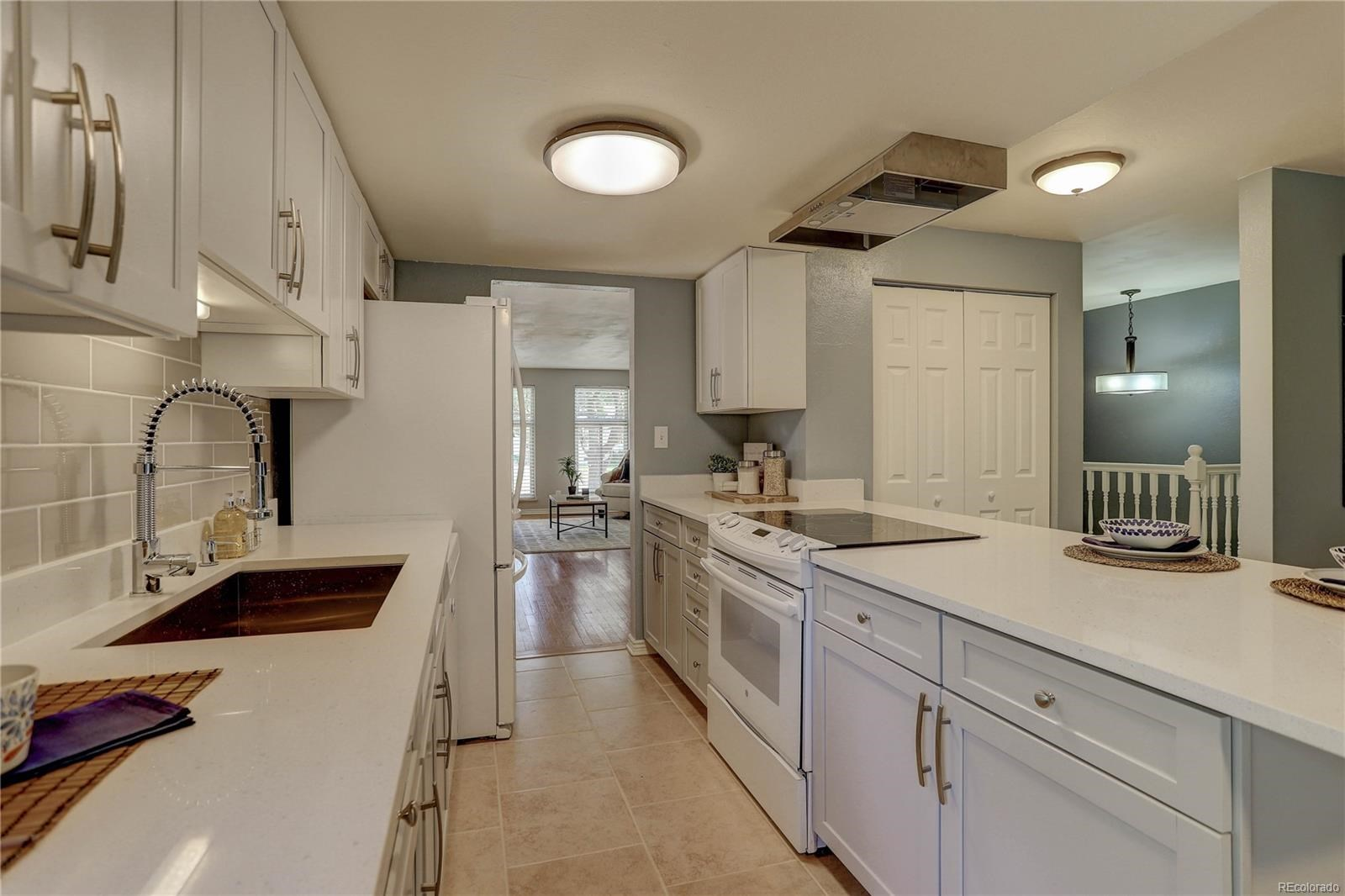 MLS# 2968148 - 8 - 2931 S Downing Street, Englewood, CO 80113