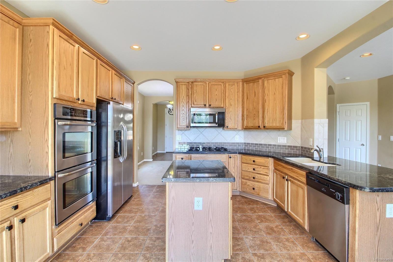 MLS# 3018887 - 5 - 10677 Cedarcrest Circle, Highlands Ranch, CO 80130