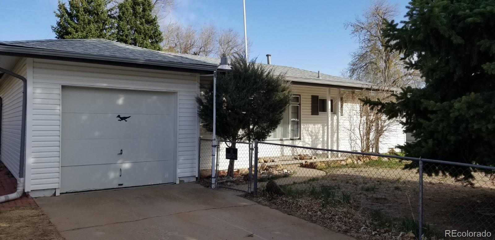 MLS# 3282740 - 2 - 221 Everett Drive, Colorado Springs, CO 80911