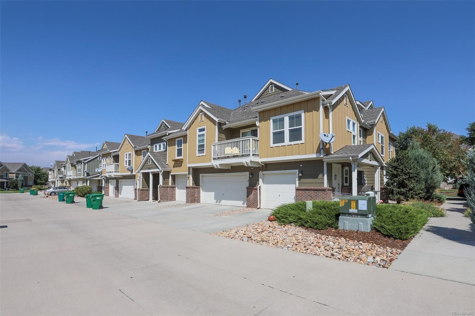 MLS# 3431927 - 36 - 11944 Oak Hill Way #E, Commerce City, CO 80640