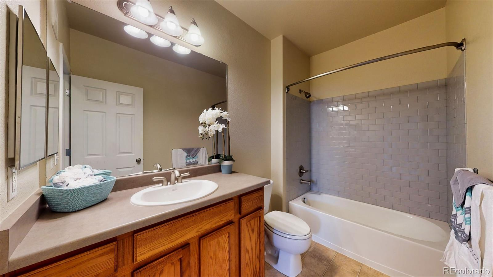 MLS# 3562922 - 18 - 8123 W 51st Place #202, Arvada, CO 80002