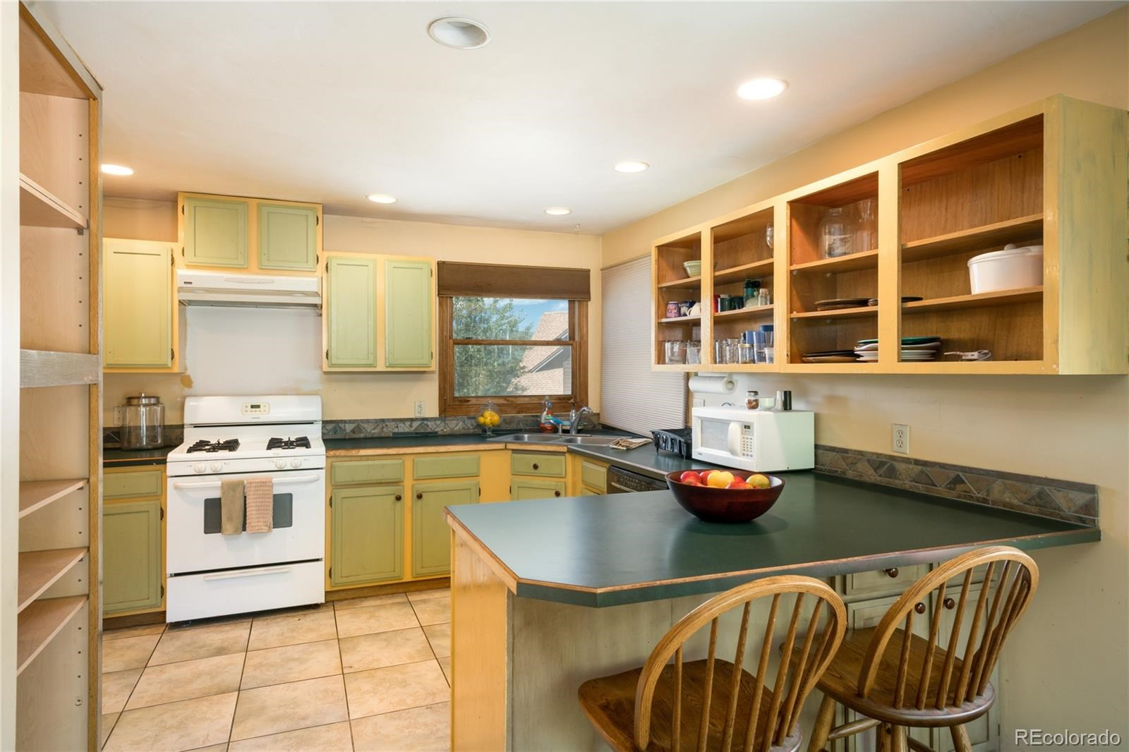 MLS# 3817598 - 2 - 404 Lupine Drive, Steamboat Springs, CO 80487