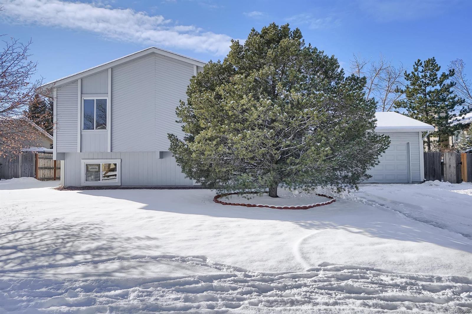 MLS# 3953190 - 4 - 2355 Parliament Drive, Colorado Springs, CO 80920