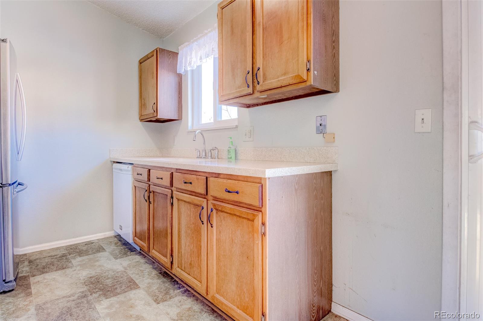 MLS# 3971257 - 6 - 2025 Eddington Way, Colorado Springs, CO 80916