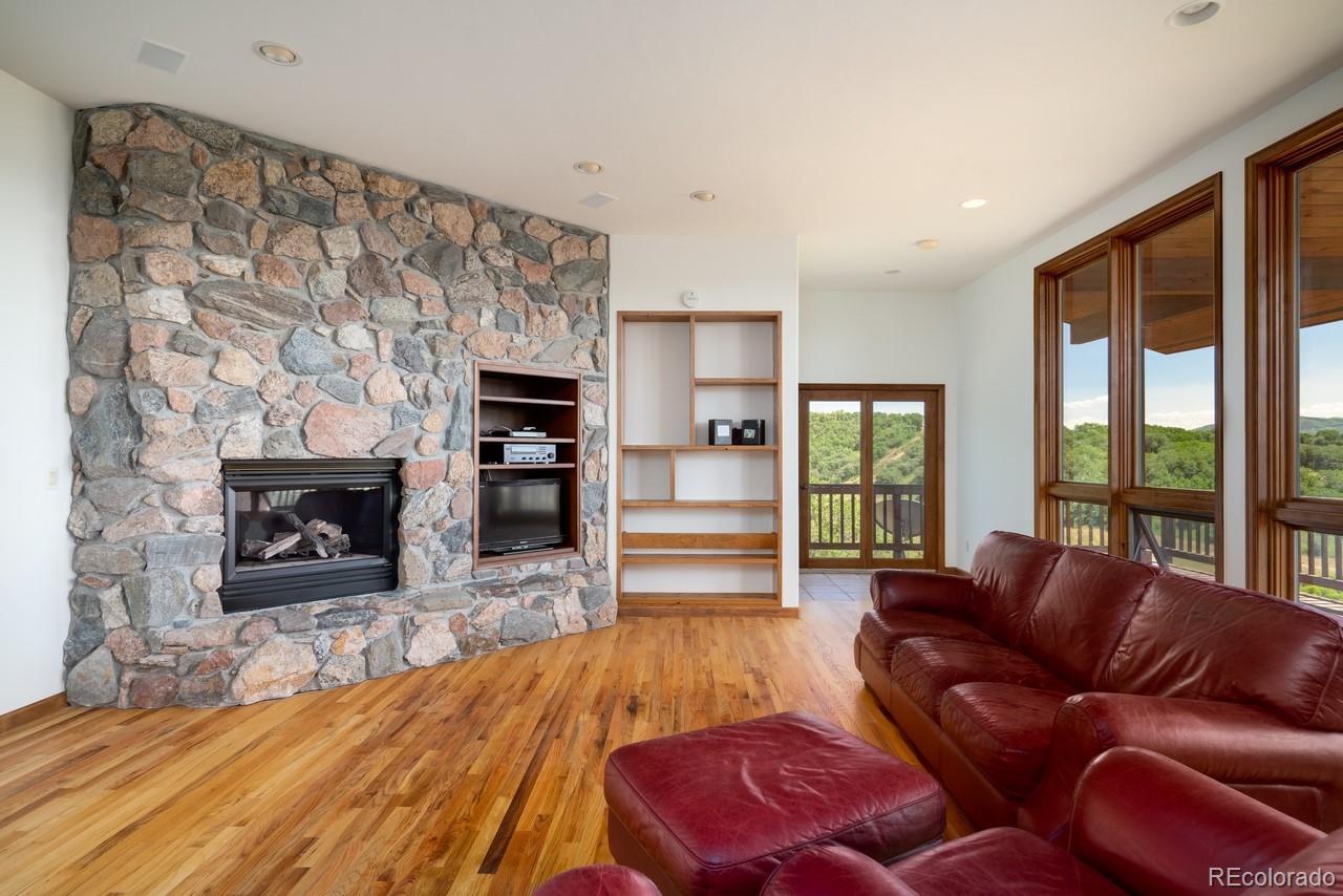 MLS# 4125204 - 39 - 32820 S Elk Drive, Steamboat Springs, CO 80487