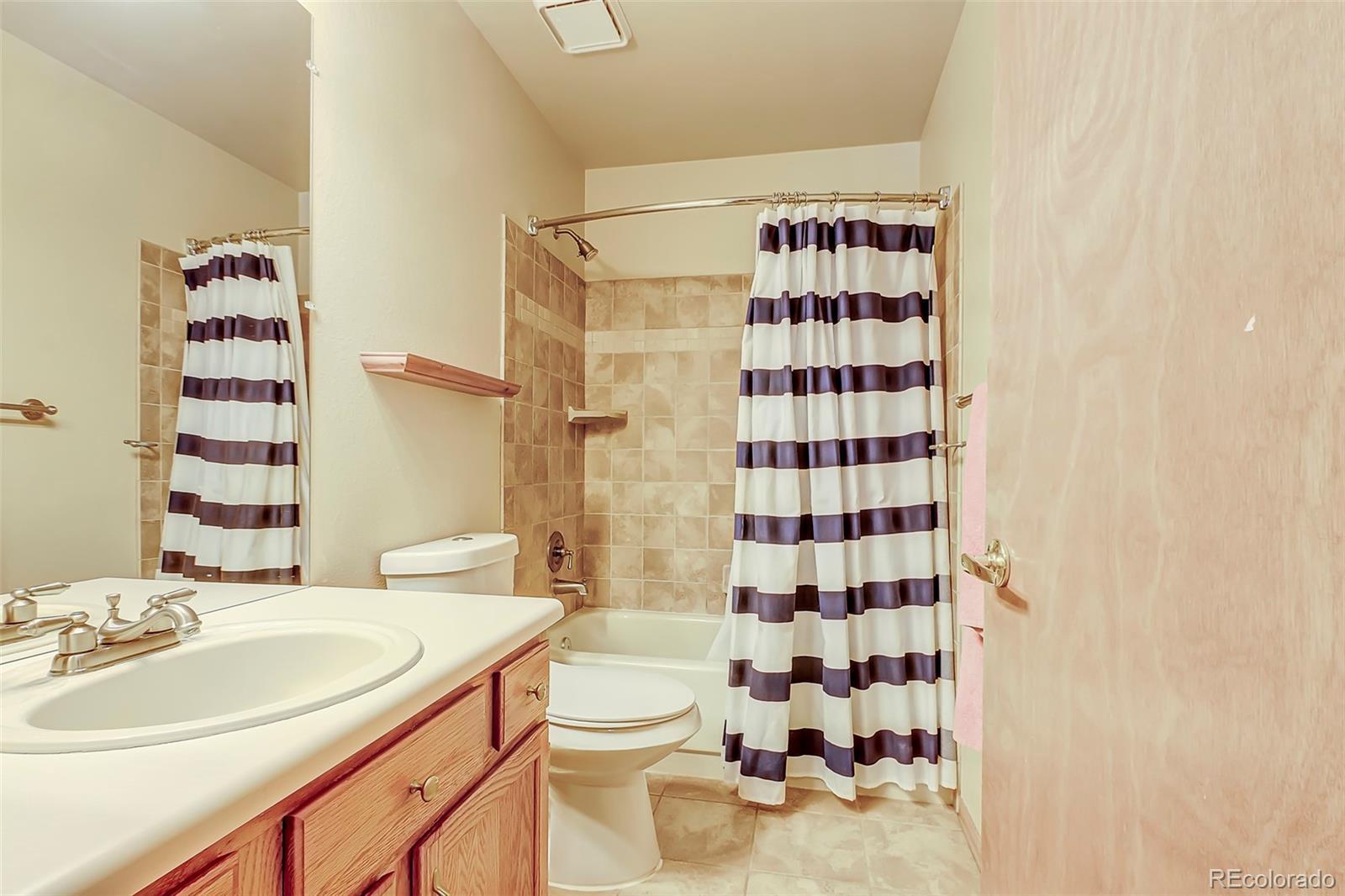 MLS# 4204081 - 15 - 2911 White Oak Trail, Highlands Ranch, CO 80129