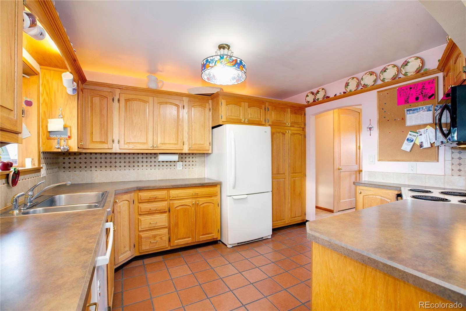 MLS# 4563423 - 10 - 3425 S Pierce Street, Lakewood, CO 80227