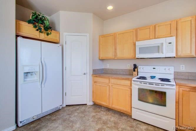 MLS# 4771871 - 11 - 3423 Riesling Court, Evans, CO 80634
