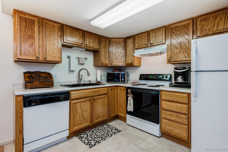 MLS# 4824409 - 10 - 1670 S Deframe Street #B6, Lakewood, CO 80228