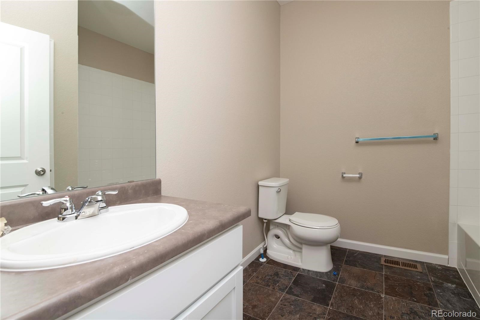 MLS# 4995334 - 13 - 2337 Saddle Back Court, Fort Lupton, CO 80621