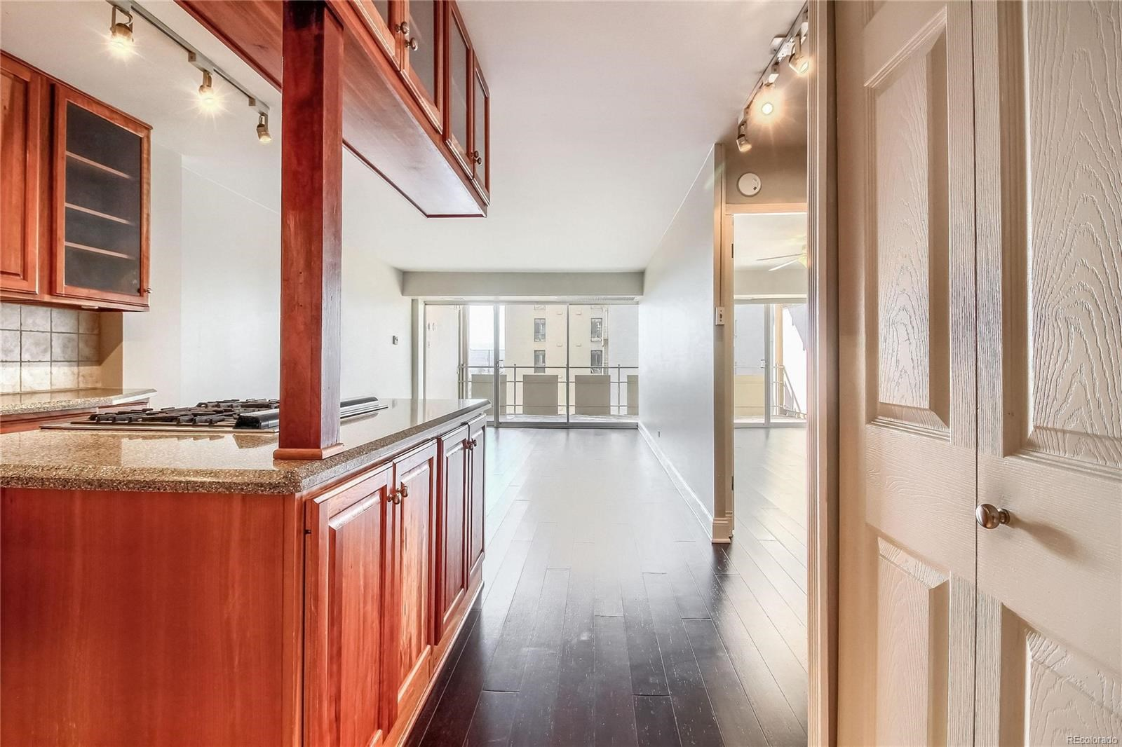 MLS# 5045889 - 12 - 800 N Washington Street #905, Denver, CO 80203