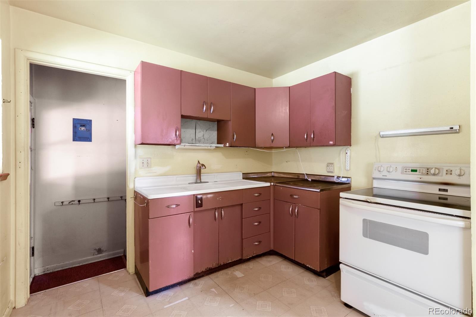 MLS# 5056721 - 1 - 3293  S Grape Street, Denver, CO 80222