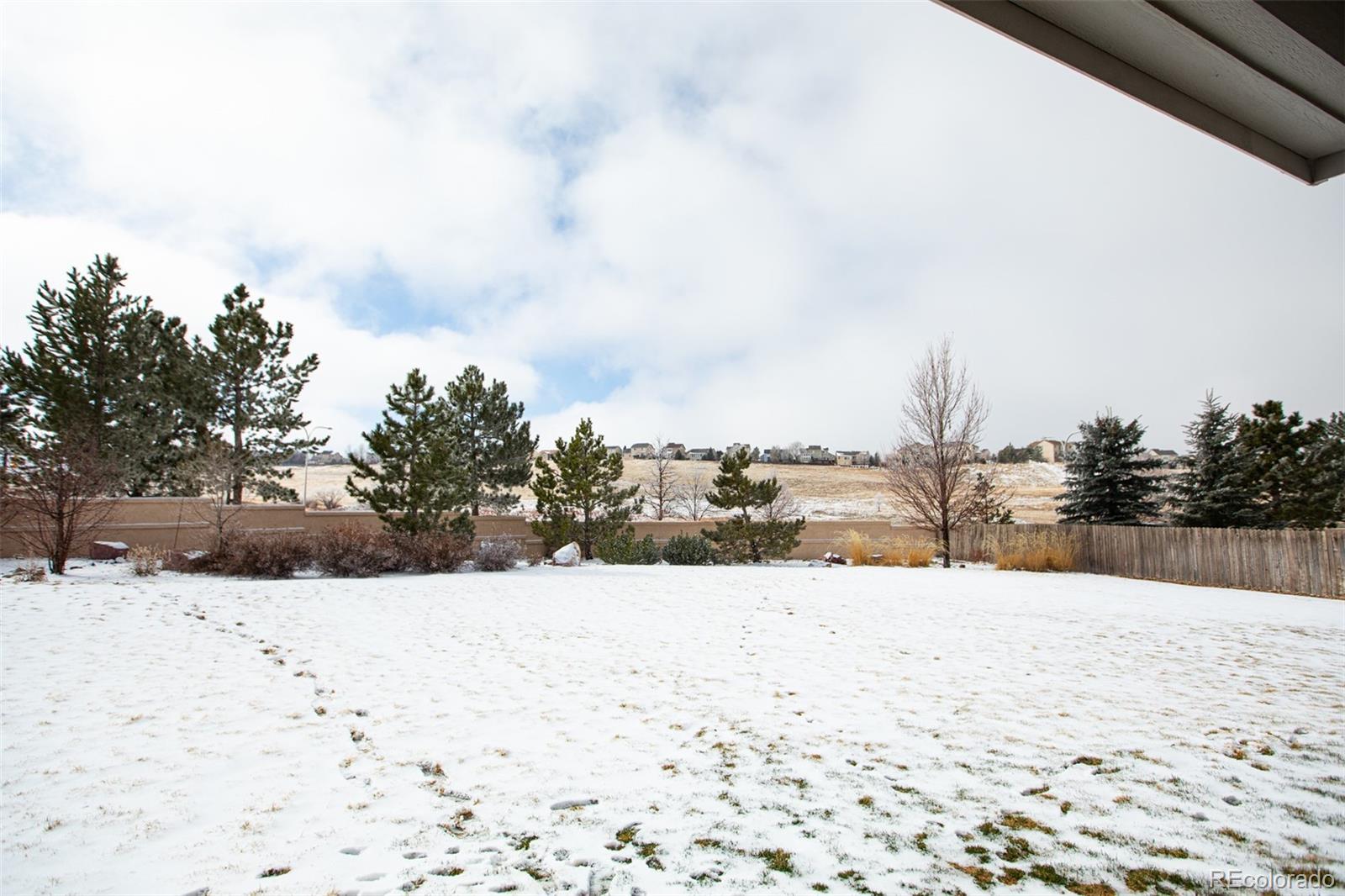 MLS# 5205820 - 38 - 3325 Hollycrest Drive, Colorado Springs, CO 80920