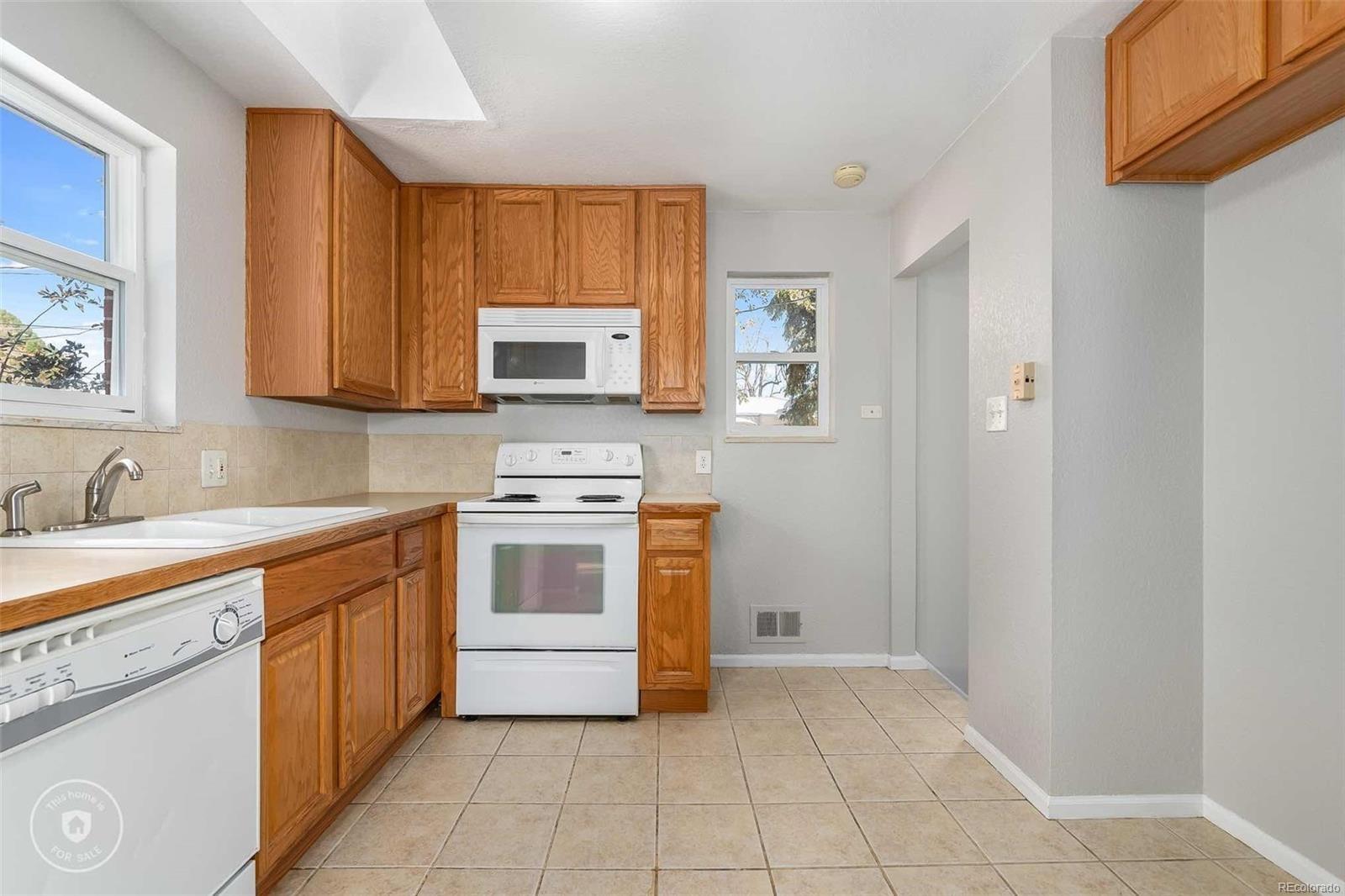 MLS# 5493482 - 3 - 2089 E 116th Avenue, Northglenn, CO 80233