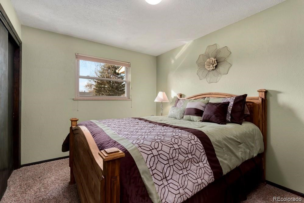 MLS# 5567673 - 13 - 1618 Hilltop Drive, Longmont, CO 80504