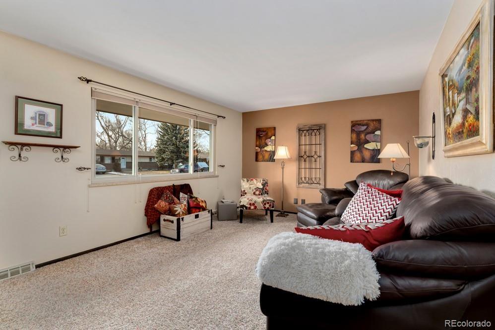 MLS# 5567673 - 3 - 1618 Hilltop Drive, Longmont, CO 80504